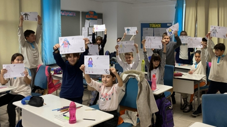 4. Sınıflarda P-WISE Uyum Programı İngilizce Dersi İle Devam Ediyor