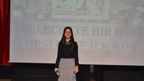 """Adana Okyanus Kolejinde, """"Gelecekte Bir Gün, Meslekte İlk Gün"""" Projesi"""