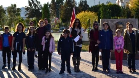 Ortaokul İngilizce Bölümü AyınBookwormveWriting Star'larını Seçti