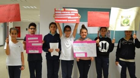 """Ortaokul Öğrencileri Tüm Sınıflara """"10 Aralık İnsan Hakları'' Bilgilendirmesi Yaptılar"""