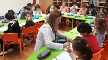 Bahçelievler Okul Öncesi Yıldızlar Grubu İngilizce Eğitiminde