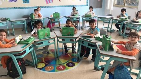 """Bahçeşehir Okyanus Koleji İlkokul 1-A, 1-B, 1-C, 1-D sınıfları """"Düşünme Becerileri"""" dersini Düşünerek, Eğlenerek ,Öğreniyorlar."""