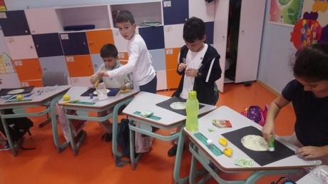 Bahçeşehir Okyanus Koleji Üstün Zekâlılar ve Yetenekliler İlkokulu 3-E Sınıfı 'Ay Yapalım' Etkinliğinde.