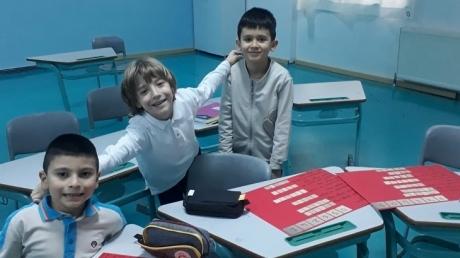 """Bahçeşehir Okyanus Koleji Üstün Zekalılar ve Yetenekliler İlkokulu 1. Sınıf Matematik Esnek Grup Öğrencileri """"Özel Sayılar"""" Etkinliğinde"""