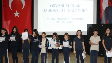 Çekmeköy Okyanus Ortaokulu'nda Seçim Heyecanı
