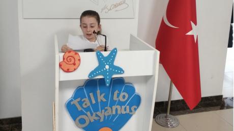 """Eryaman Okyanus Ortaokulu Öğrencileri Yerli Malı Haftasında """"Talk To Okyanus"""" Kürsüsüne Çıktı."""