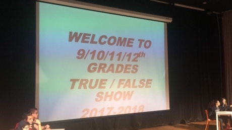 """İngilizce Zümresi 9. Sınıflara """"True False"""" Yarışması Düzenledi"""