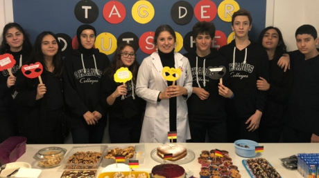 Lara Okyanus Koleji Almanca Zümresi Öğrencileri ile Birlikte Alman Gününü Kutluyor