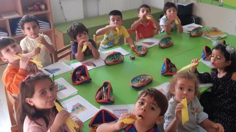 Adana Okyanus Koleji Okul Öncesi Yıldızlar Grubu Fastrackids Dersinde