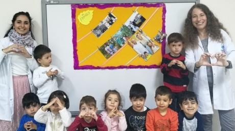 Avcılar Ağaçlar Grubu Öğrencileri İngilizce Etkinliğinde