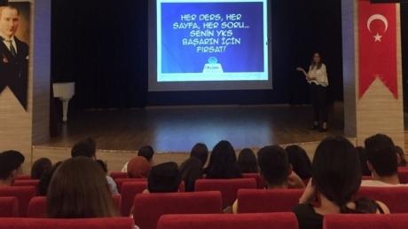 """Beykent Okyanus Koleji 12.Sınıf öğrencilerine yönelik """" YKS Sistemi """" semineri gerçekleştirildi."""