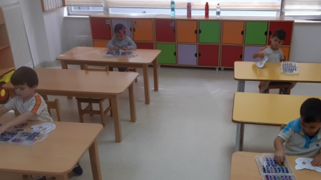 Beylikdüzü Okul Öncesi  Kuşlar Sınıfı  Oyun ve Sanat etkinliğinde