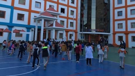 Beden Eğitimi Öğretmenleri Eşliğinde 3. Sınıflar Sabah Sporu Yapıldı.