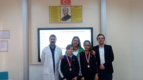 Ortaokul Hazır Bulunuşluk Sınavı Madalyaları Verildi