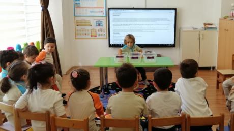 Fatih Okyanus Koleji İnciler Grubu Fen ve Matematik Dersinde