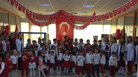 Haramidere Solarkent Okyanus Anaokulu Öğrencileri 29 Ekim Cumhuriyet Bayramını Kutluyor.