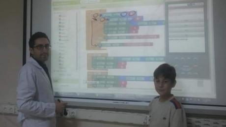 Kulüp Derslerinden Appinventor ile Mobil Uygulama Geliştiriyoruz