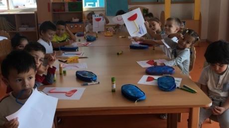 İnciler Sınıfı Sanat Dersinde