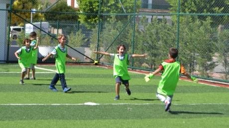 Sınıflar Arası Futbol Turnuvası Başladı