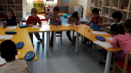 Sancaktepe Okyanus Koleji Okul Öncesi Yıldızlar Grubu Öğrencileri Okuma Yazmaya Hazırlık Dersinde