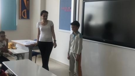 Eryaman Okyanus Koleji İlkokul Kademesi 4. Sınıf Öğrencileri Oryantasyon Haftasında İngilizce Dersinde