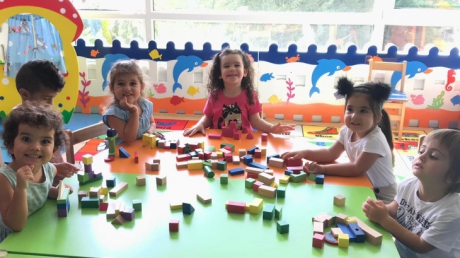 Halkalı Okul Öncesi Çiçekler Grubu Oyun Etkinliğinde