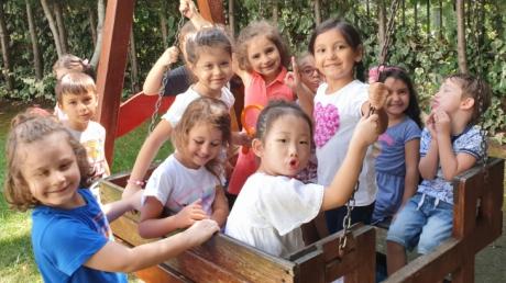 Halkalı Okul Öncesi Yıldızlar Grubu Öğrencileri Serbest Oyun Saatinde