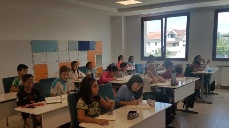 """İncek Kampüsü Ortaokul 5. Sınıflar """"English Orientation"""" Programına Başlandı."""