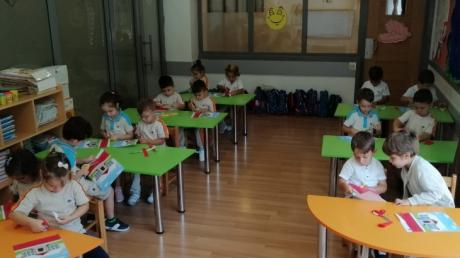 Okul Öncesi İnciler Grubu Sanat Dersinde