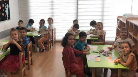 Okul Öncesi Yıldızlar Grubu Sanat Dersinde