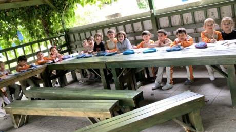 Avcılar Güneş  Grubu Öğrencileri Okuma-Yazma Etkinliğinde;
