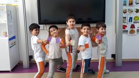 Bahçeşehir Okyanus Koleji İlkokulu 1-D Sınıfı Öğrencileri Türkçe Dersinde