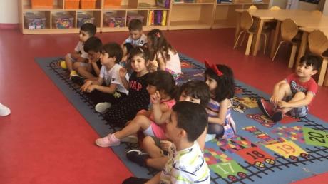 Çekmeköy Okyanus Koleji Yıldızlar Grubu İngilizce Dersinde