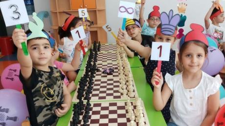 Halkalı Okul öncesi A ve B Grubu Öğrencileri Satranç Turnuvasında