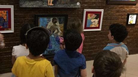 Halkalı Okul Öncesi Kuşlar Grubu Öğrencileri Çini Ve Mozaik Sergisinde
