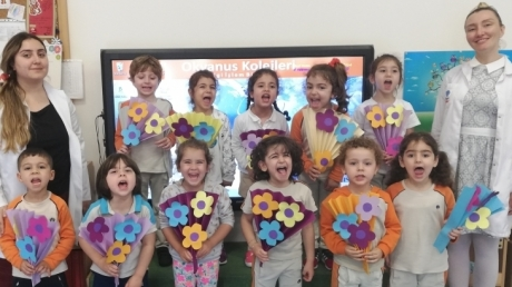 Mimarsinan Okyanus Koleji Okul Öncesi Çiçekler Grubu Bilingual Etkinliğinde