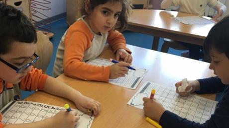Mimarsinan Okyanus Koleji Okul Öncesi Yunuslar Grubu Okuma Yazmaya Hazırlık Etkinliğinde