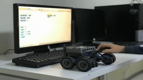 Vex Robotik Yetenek ve Kulüp Derslerinde