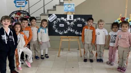 Avcılar Okyanus Koleji B Grubu Öğrencileri 10 Kasım Atatürk'ü Anma Töreni Etkinliğinde