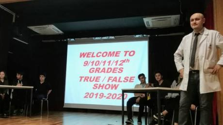 """Fatih Okyanus Koleji Anadolu Lisesinde """"True False"""" Yarışması"""