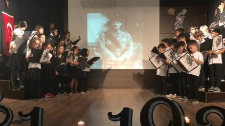 Güneşli Okyanus İlkokulu 10 Kasım'da Atatürk'ü Andı