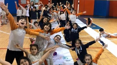 İlkokul Kademesi 20 Kasım Dünya Çocuk Hakları Günü'nü Kutladı...