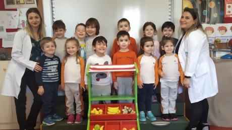 Ataşehir Okul Öncesi Çiçekler Grubu Fun With English Dersinde