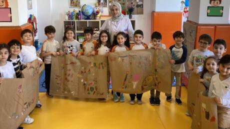 Ataşehir Okul Öncesi Gökkuşağı Grubu Fun with English Dersinde