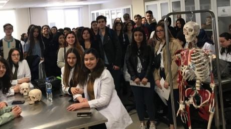 Avcılar Okyanus Koleji Sağlık Kariyer Kulübü İAÜ Tıp Fakültesinde