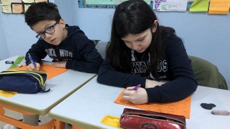 """4/D Sınıfı Öğrencileri """"Kişi-Zaman"""" Etkinliğinde"""