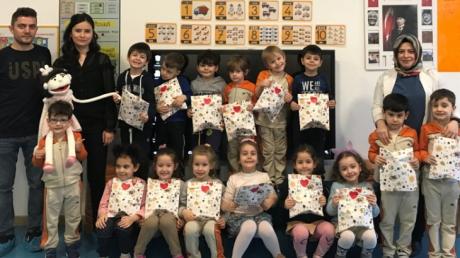 Bayrampaşa Okyanus Koleji Okul Öncesi Yunuslar Grubu Öğrencileri Aile Katılımı Etkinliğinde