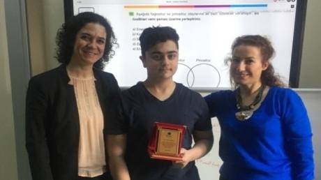 Anadolu Lisesi Ayın Örnek Öğrencilerini Seçti