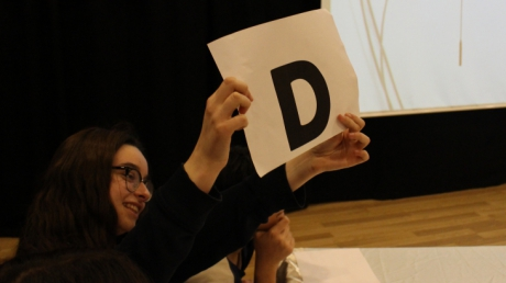 Bornova Okyanus Ortaokulu 8. sınıf Öğrencileri Quiz Show Etkinliğinde