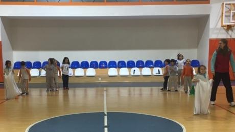 Halkalı Okul Öncesi Ay Grubu Beden Eğitimi Dersinde